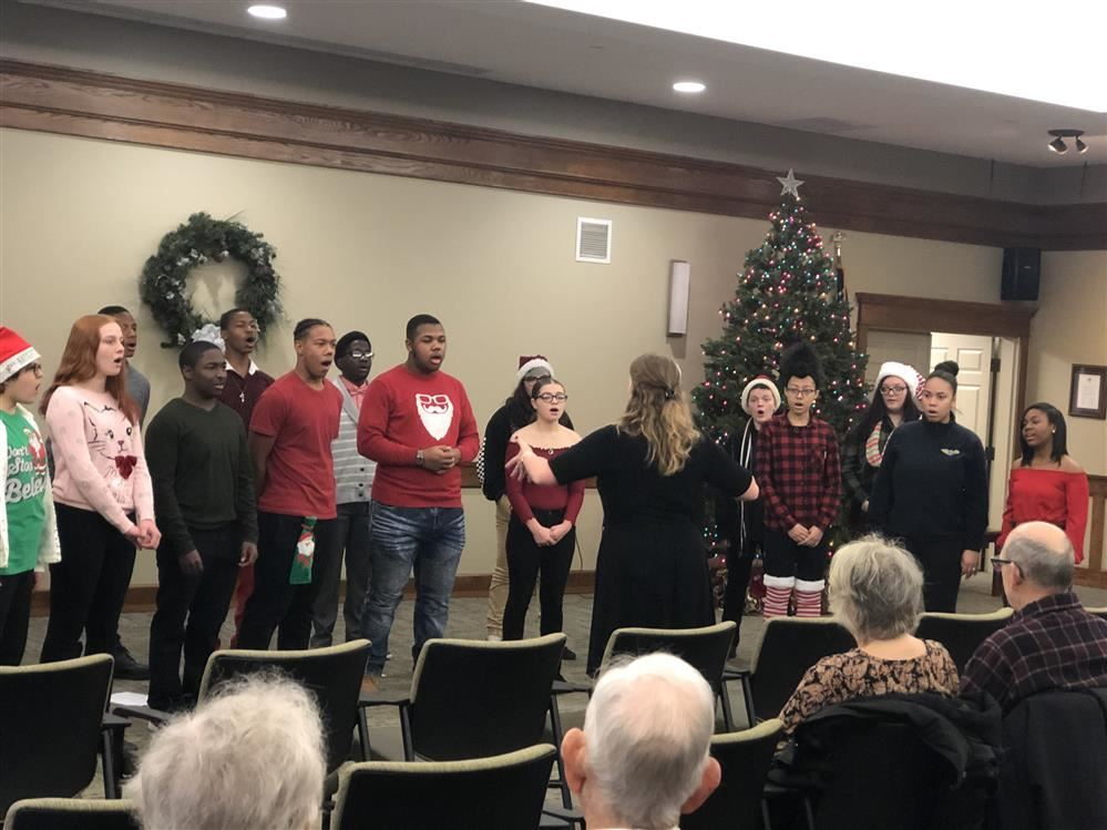 High School Choral Groups Well Received at Fox Run